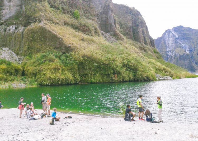TRAVEL GUIDE: Mt. Pinatubo Day Hike – Group Tour